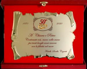 Targa pergamena con astuccio rosso anniversario di matrimonio